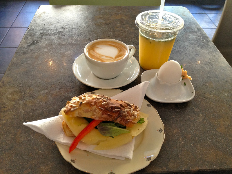 Robbans bästa besöker: Kaffeverket