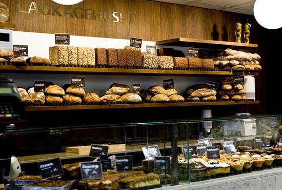 lagkagehuset-restaurant-counter-copenhagen_28_550x370_20111026232543[1]