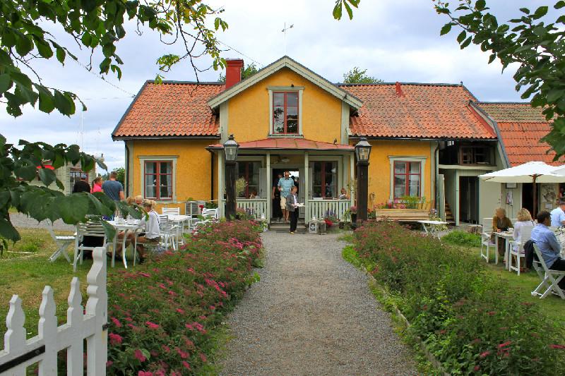 Robbans bästa besöker: Vaxholms Hembygdsgårds Café