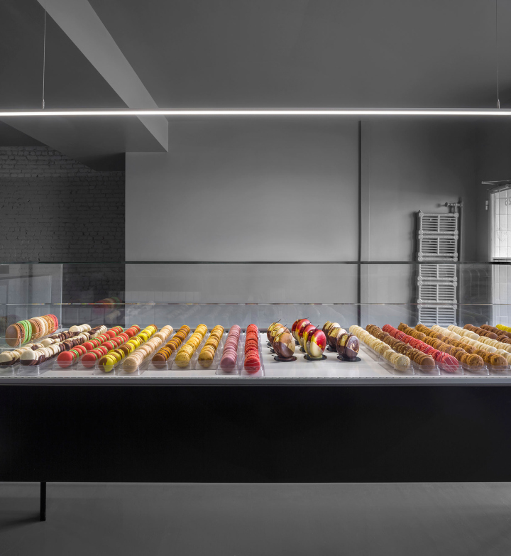 A-la-folie-patisserie-by-Atelier-Moderno-Montreal-Canada-07