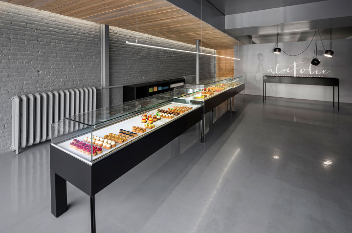A-la-folie-patisserie-by-Atelier-Moderno-Montreal-Canada-09