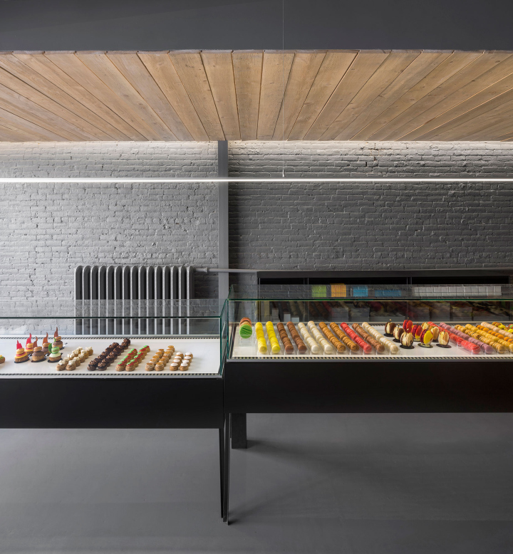 A-la-folie-patisserie-by-Atelier-Moderno-Montreal-Canada-10