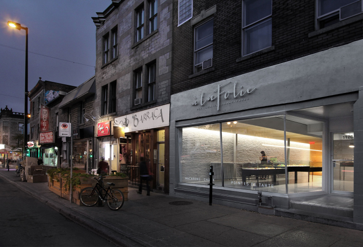 A-la-folie-patisserie-by-Atelier-Moderno-Montreal-Canada-11