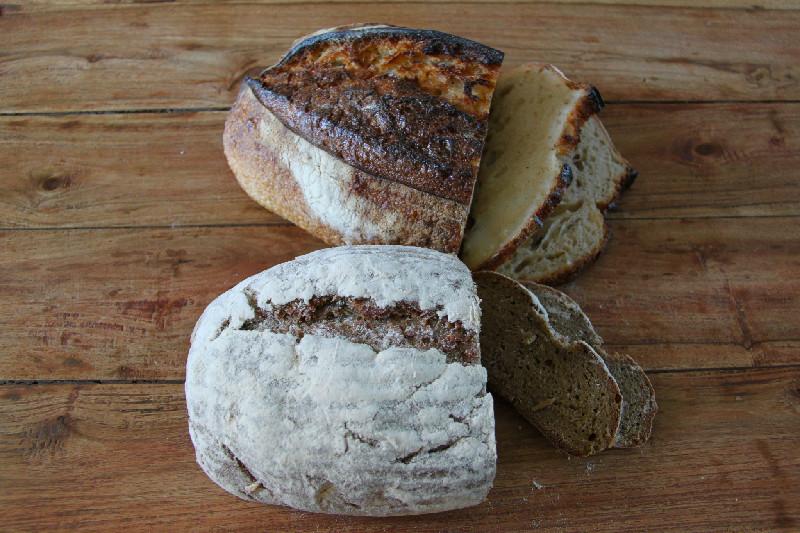 Härligt bröd från Petrus och Rosendal