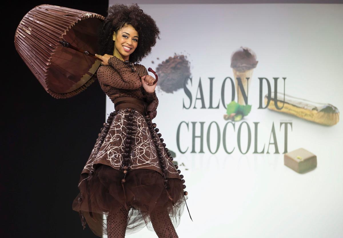 Chokladfrossa på catwalken i London