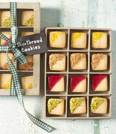 5578a9c3d9683-edible-gifts-shortbread-cookies-1212-xln