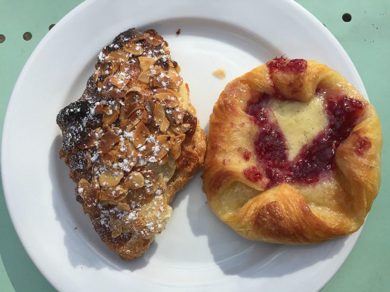 Dagens fika på Enskedeparkens bageri