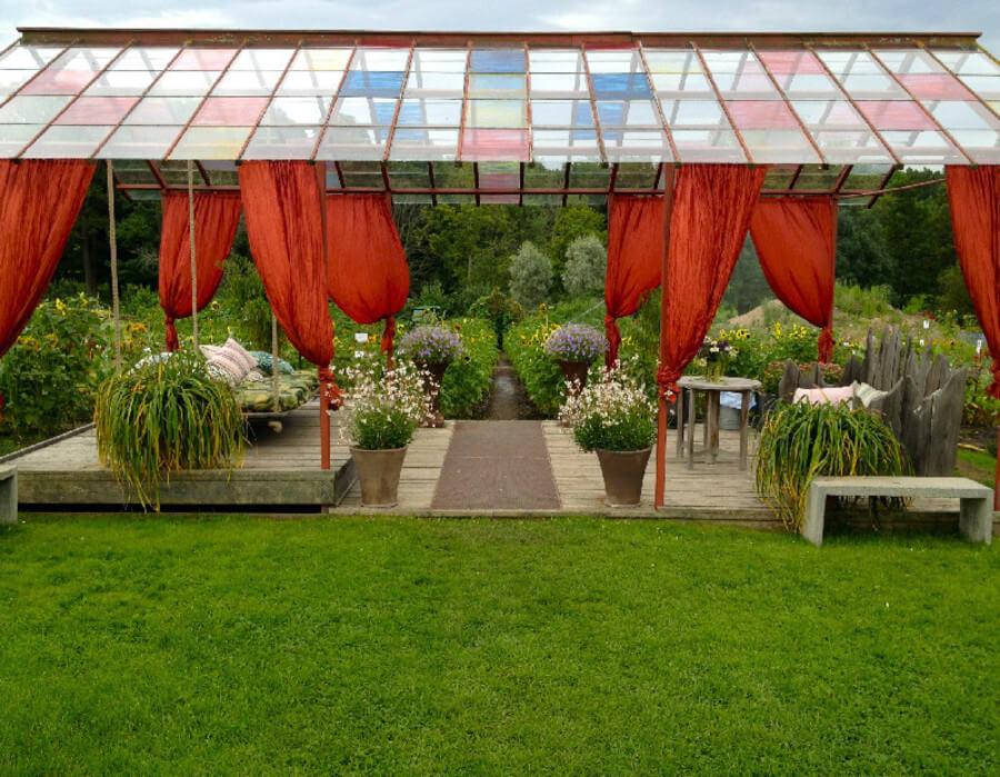 Handelsträdgårdar med caféer