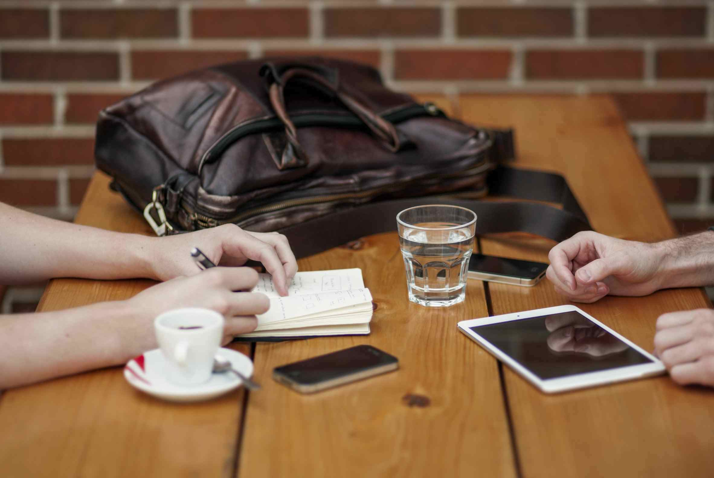Språkcafé – ett sätt att umgås och lära sig svenska
